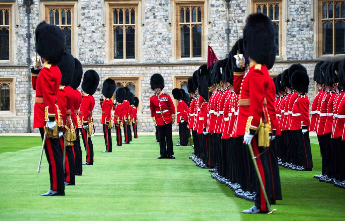 British Army Grenadier Guards 1st Battalion medals parade Windsor Castle (Crown Copyright, 2019) [NEWS][edit]1180px